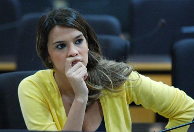 Resultado de imagem para vereadora Júlia Arruda do